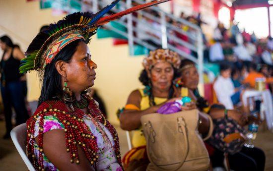 Ildeildes Pataxó Hã-Hã-Hãe participa da Assembleia da Repam - Rede Eclesial Pan-Amazônica, que antecedeu o encontro com o Papa Francisco. Foto: Tiago Miotto/Cimi